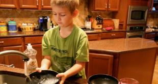 A rendszeres házimunkát végző gyerekek sikeresebb felnőttek lesznek